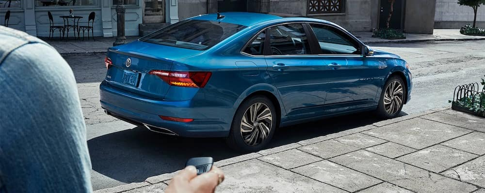 2019 Volkswagen Jetta rear view with smartkey(1)