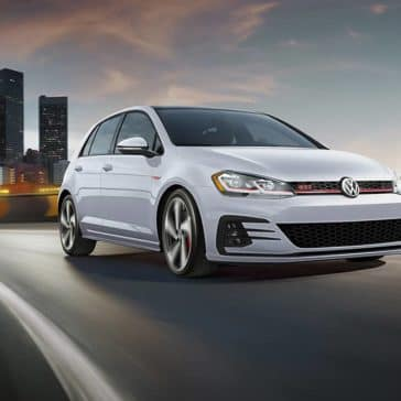 2020 VW Golf GTI Leaving The City