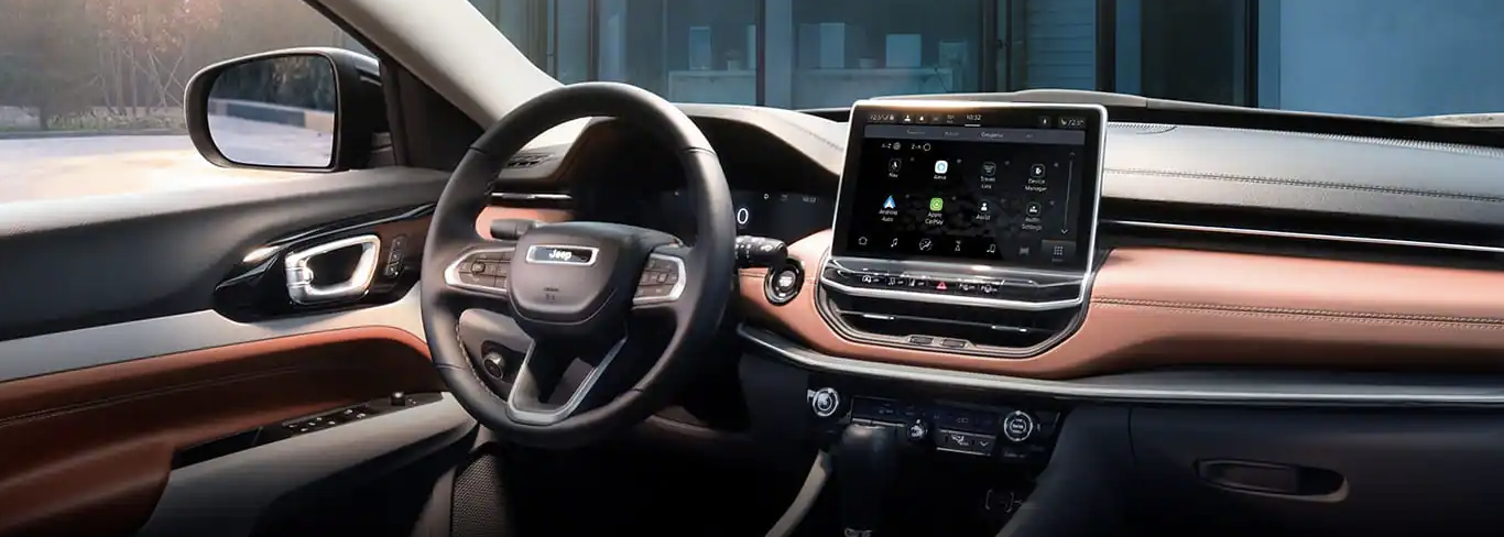 The stunning interior of the 2022 Jeep Compass.