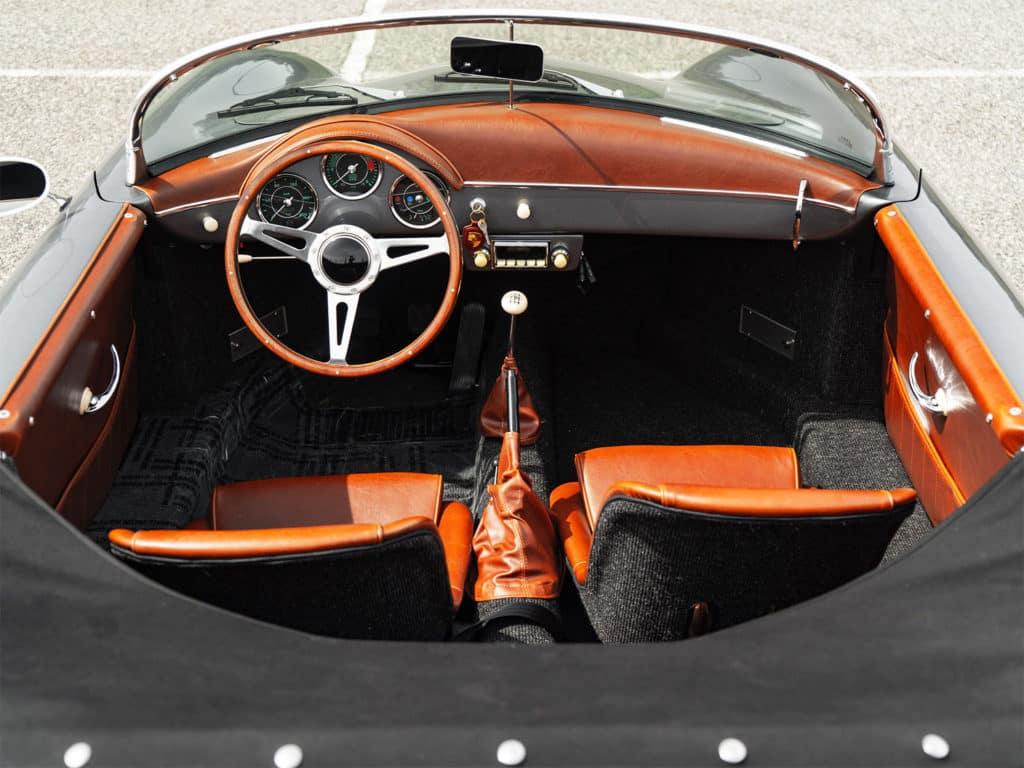 1956 Porsche Speedster Replica Interior