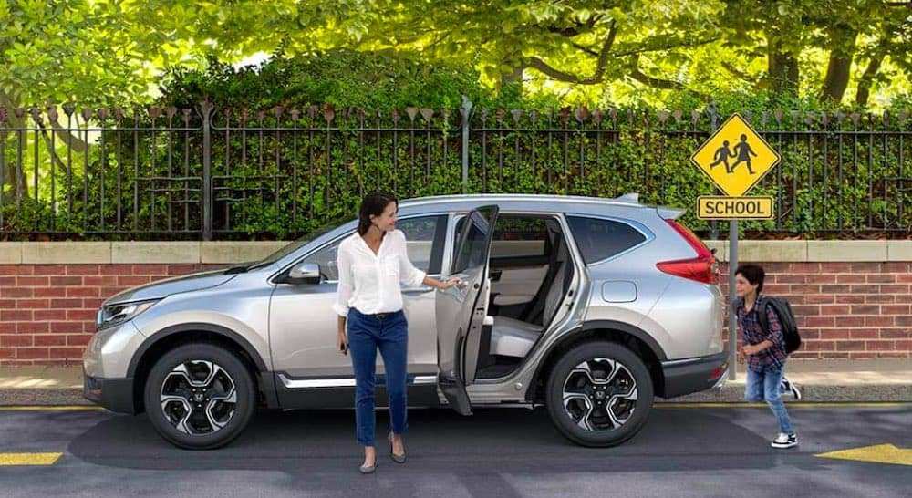 2019 Honda CR-V with parent and child