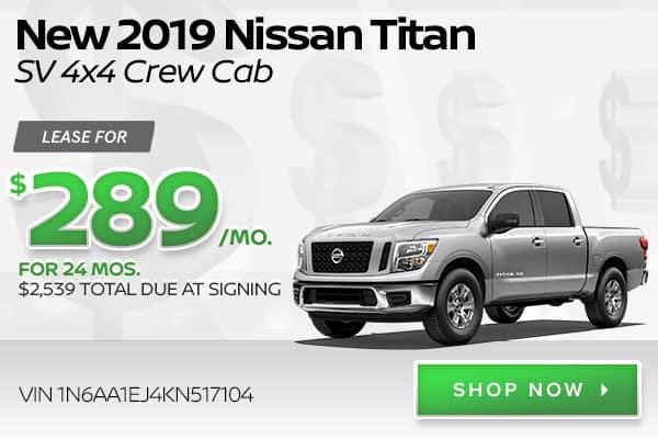 New 2019 Nissan Titan SV 4x4 Crew Cab