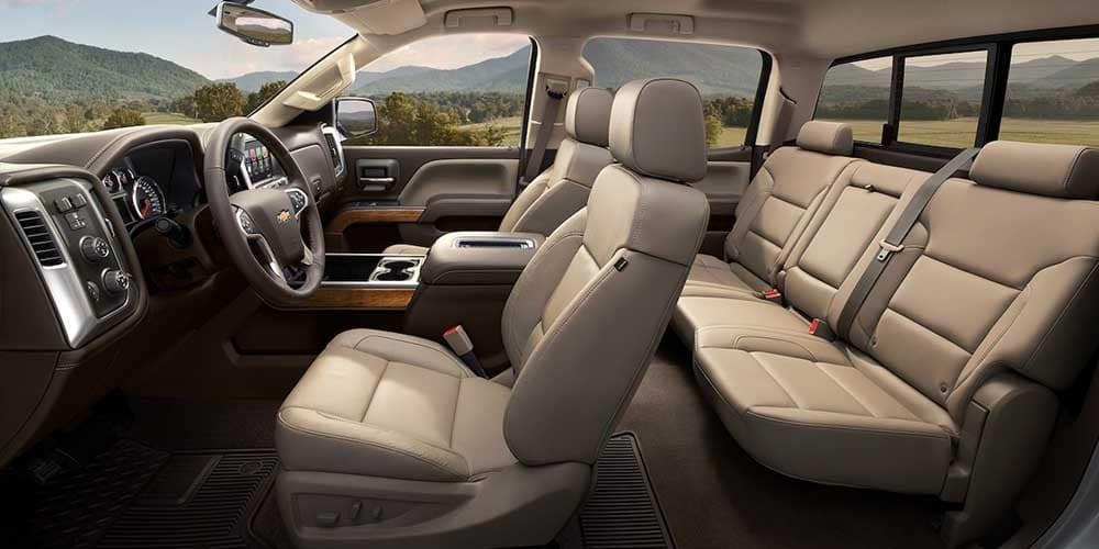 2018 Chevy Silverado 1500 Interior Gallery 7