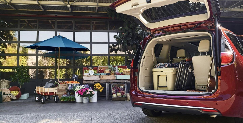 2020 Chrysler Pacifica cargo