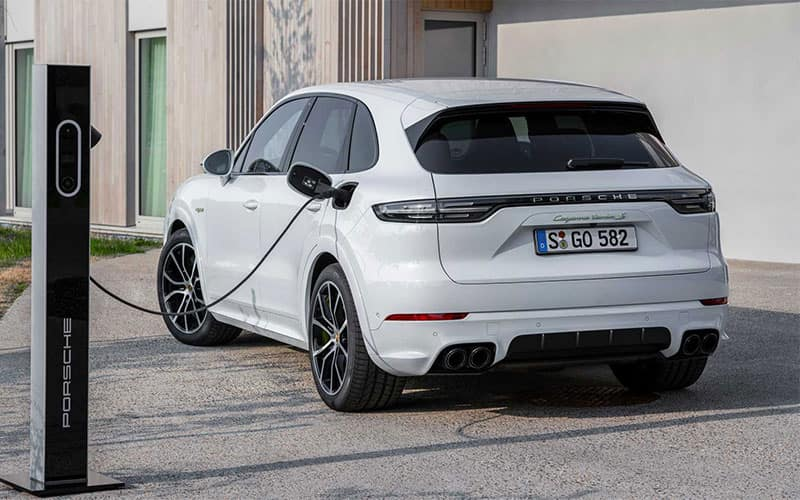 Porsche Cayenne E-Hybrid Charging