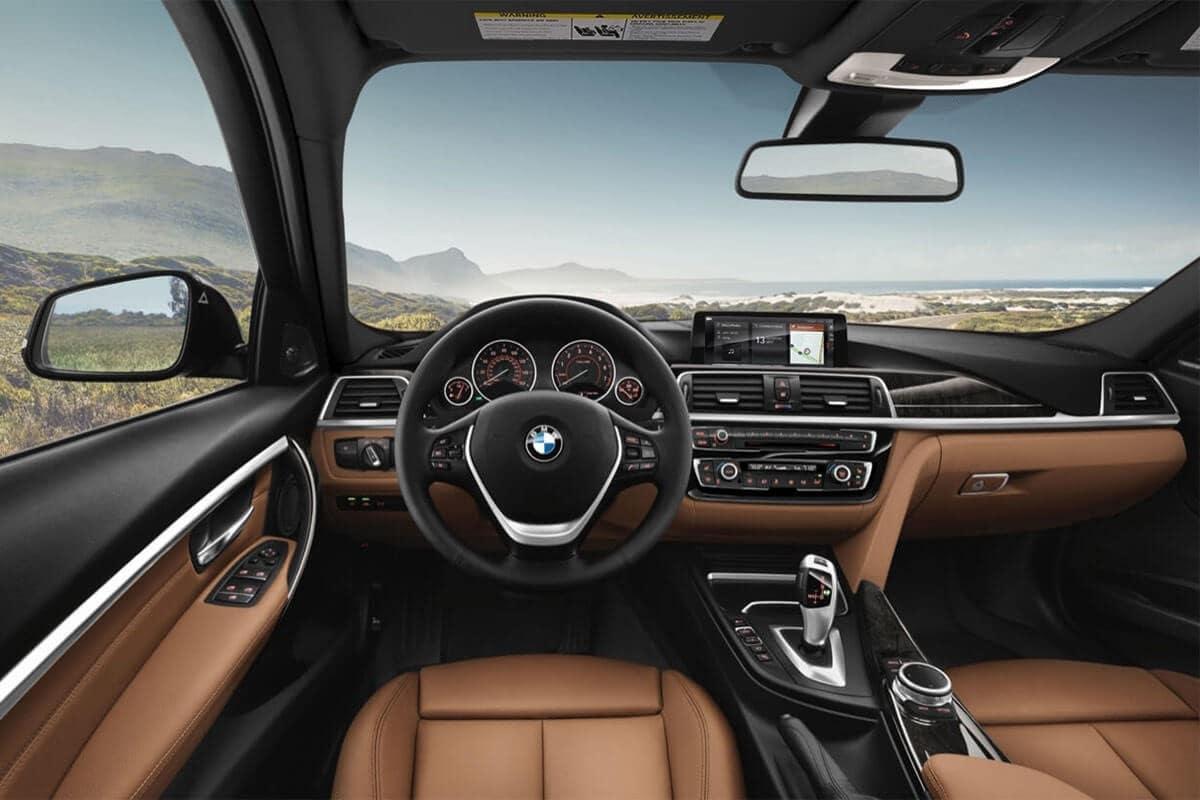 2018-BMW-3-Series-SportsWagon-Interior