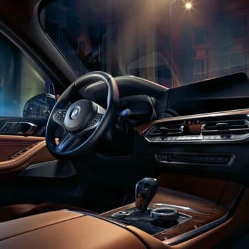 2019-BMW-X5-interior-steering-wheel