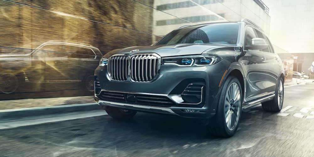2019 BMW X7 on Street