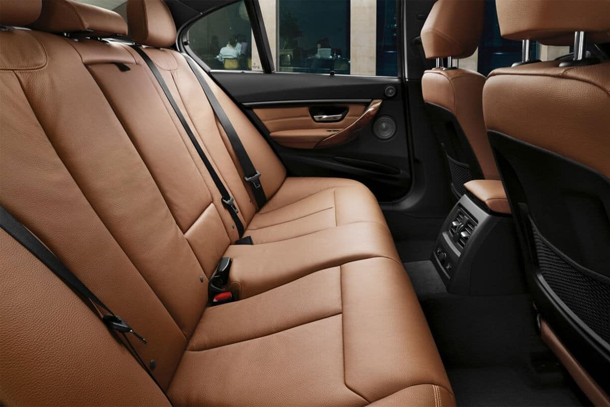 2018-BMW-3-Series-Sedan-330i-Interior-Rear-Seats