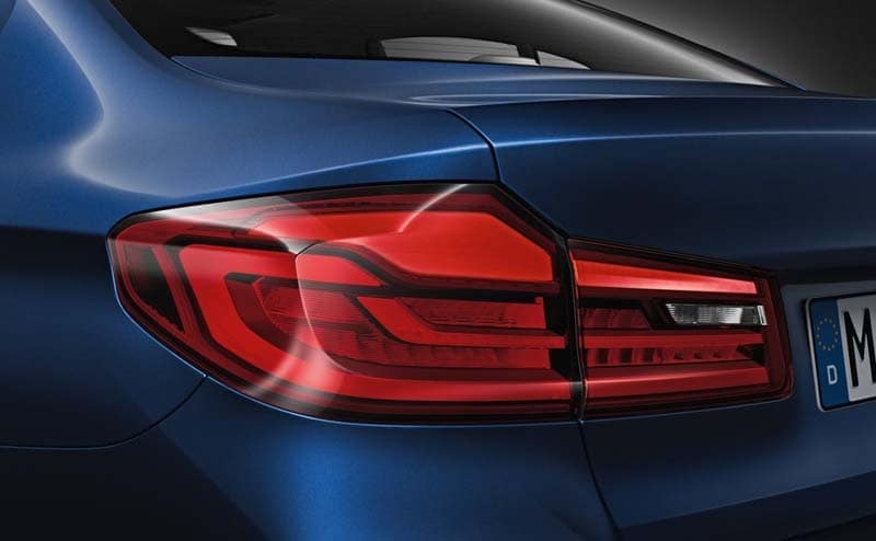 2019-BMW-5-Series-Gallery-1