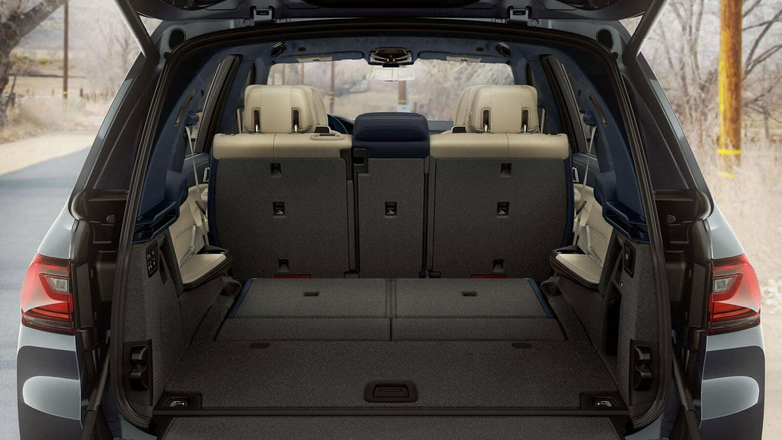 2019 BMW X7 cargo space