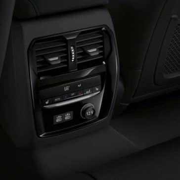2019-BMW-3-Series-climate-control