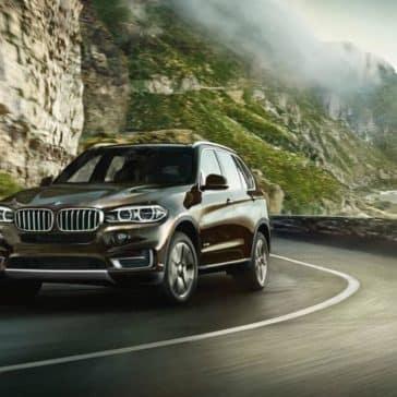 2018 BMW X5 Driving