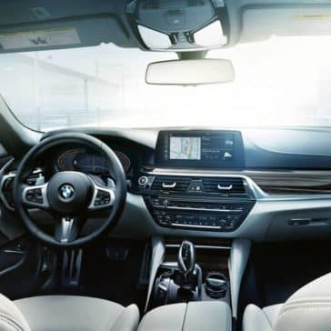 2020 BMW 5 Series Dash