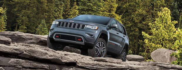 Itu0027s Time To Consider The Jeep Grand Cherokee. This Car Comes With A  Stylish Exterior And A Spacious Interior Designed To Give You Optimum ...