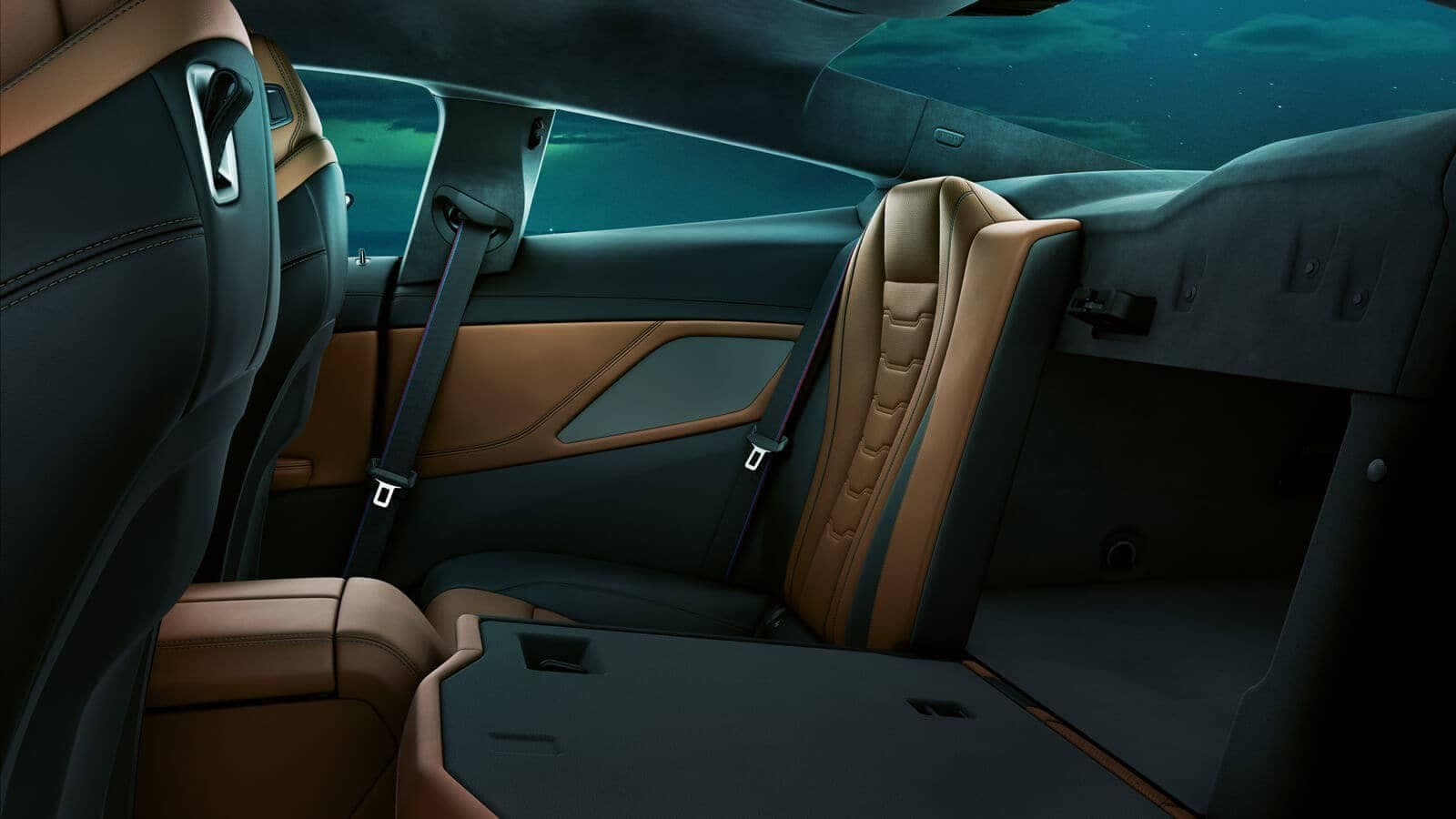 2019 BMW 8 Series back seating