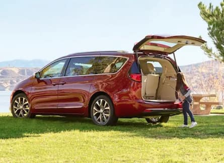 Exterior of the 2019 Chrysler Pacifica