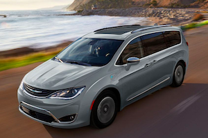 2019 Chrysler Pacifica Hybrid near Manchester