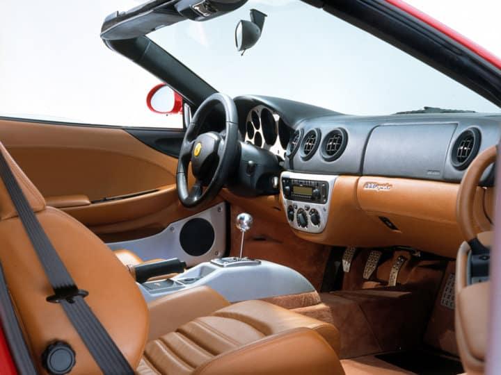 Ferrari 360 Spider interior
