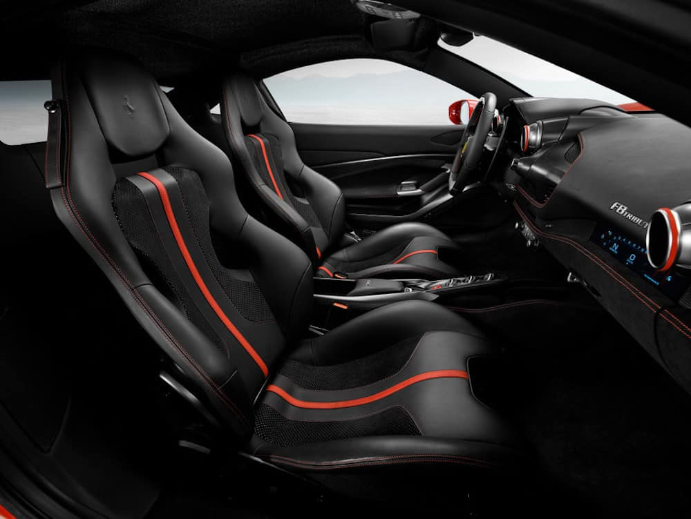 Ferrari F8 Tributo interior