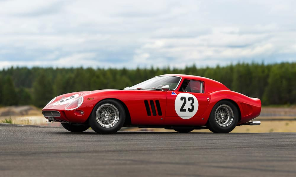 Ferrari 250 GTO parked on the track