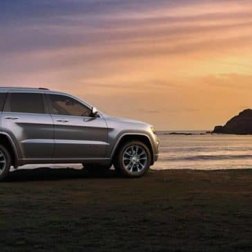 2018 Jeep Grand Cherokee at sunset