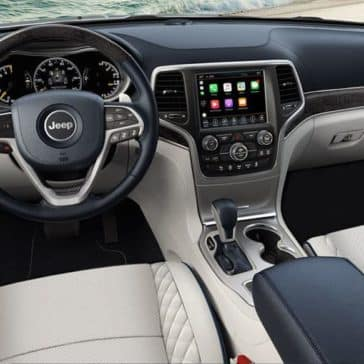 interior cabin of 2018 Jeep Grand Cherokee