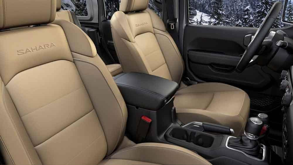 2018 Jeep Wrangler Sahara interior seating