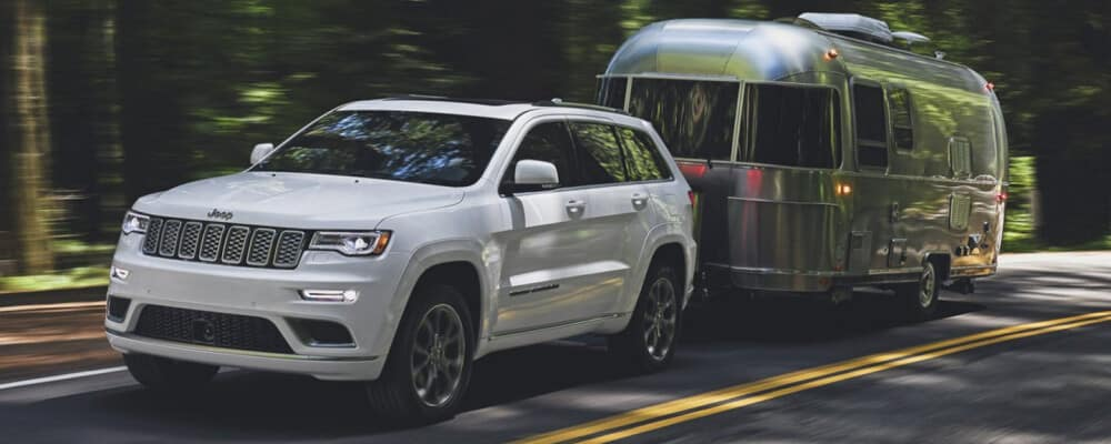 2020 Jeep Grand Cherokee Towing Trailer