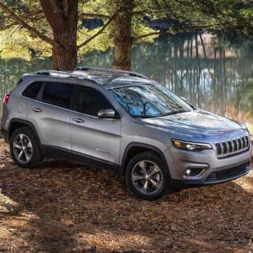 2019 Jeep Cherokee river scene