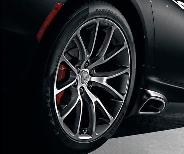 Dodge-Viper-Tire