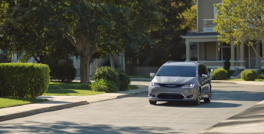 Americas First Ever Hybrid Minivan The New Chrysler Pacifica Hybrid Minivan Is Redefining Everything Youve Come To Expect About Hybrid Vehicles