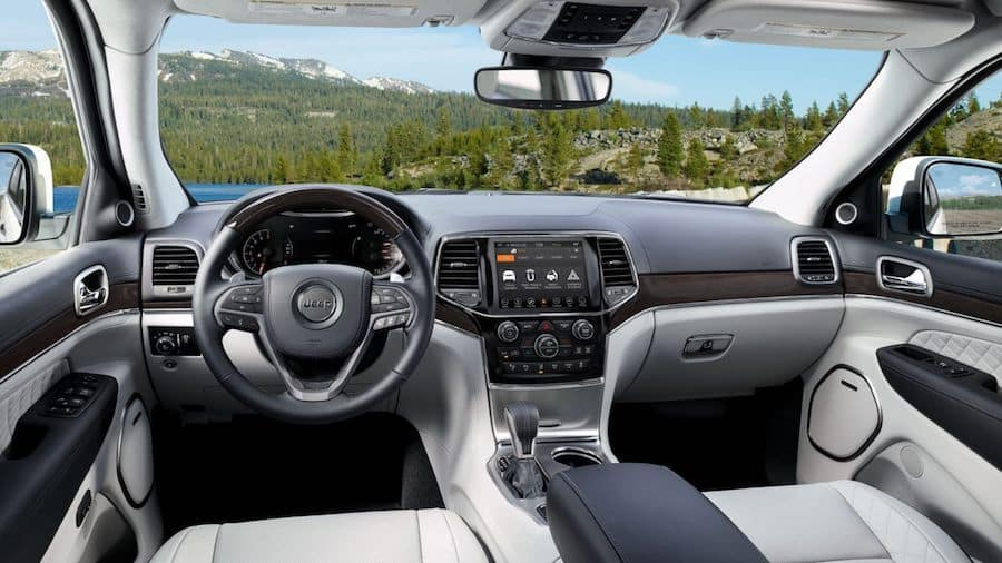2019 Jeep Grand Cherokee Interior - Front