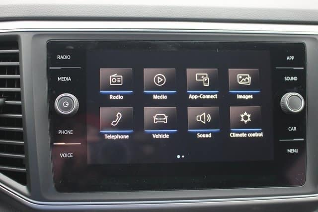 2019 VW Atlas infotainment system