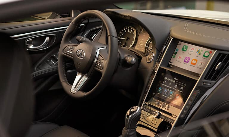The dashboard of the 2020 INFINITI Q60