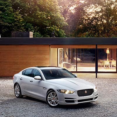 LEASE A NEW 2019 JAGUAR XE AWD PREMIUM AWD FOR $378 PER MONTH.