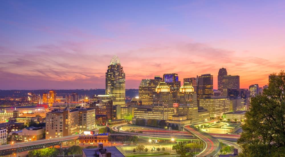 The Cincinnati Ohio skyline at dusk