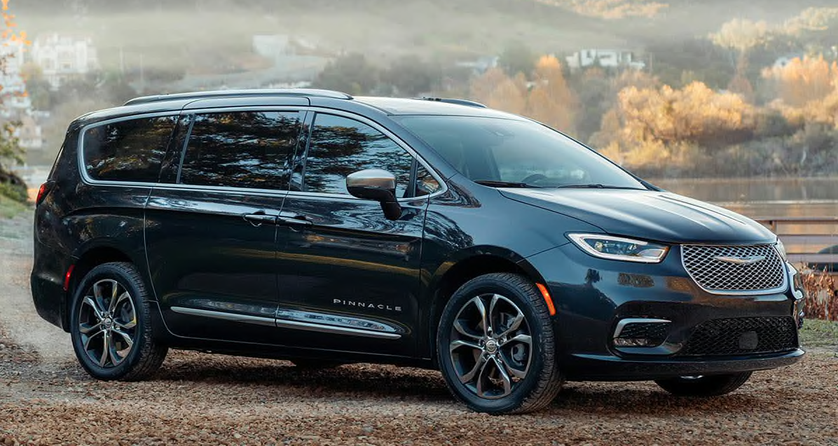 2021 chrysler pacifica earns new award from good housekeeping