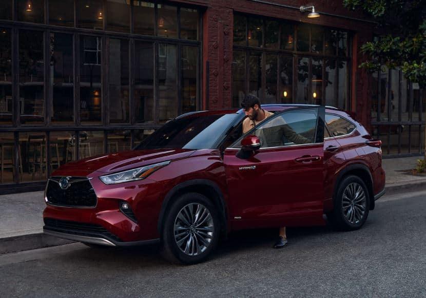 New Toyota Highlander Hybrid for Sale in Eugene, OR