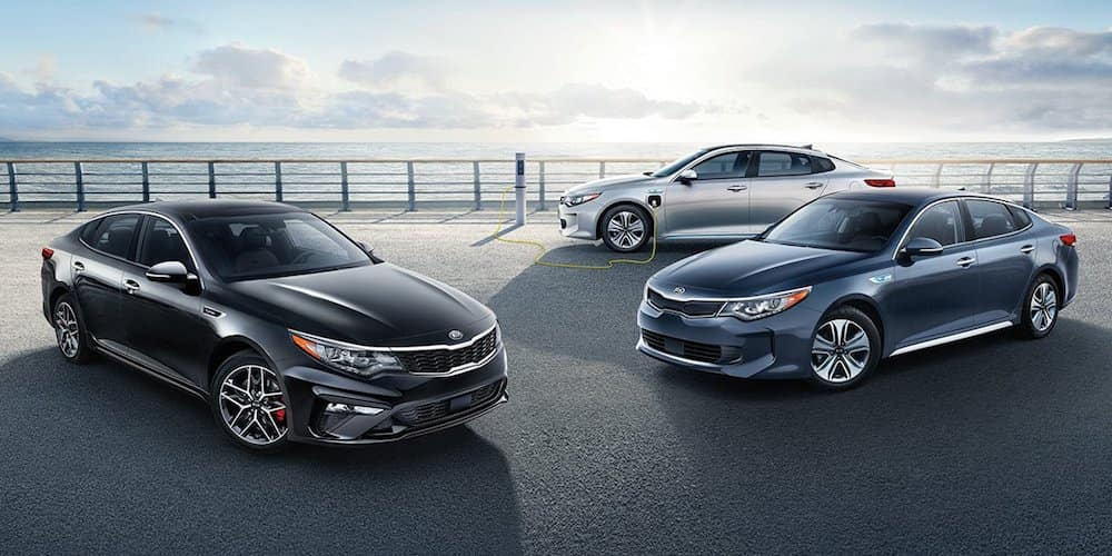 2019 kia optima models lined up
