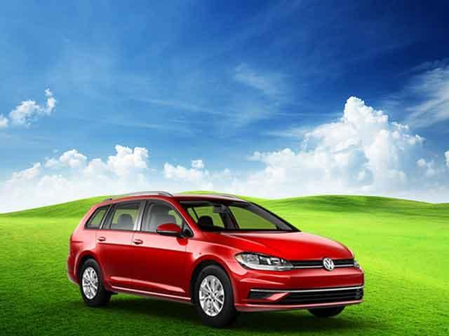 New 2019 Volkswagen Golf SportWagen S Automatic