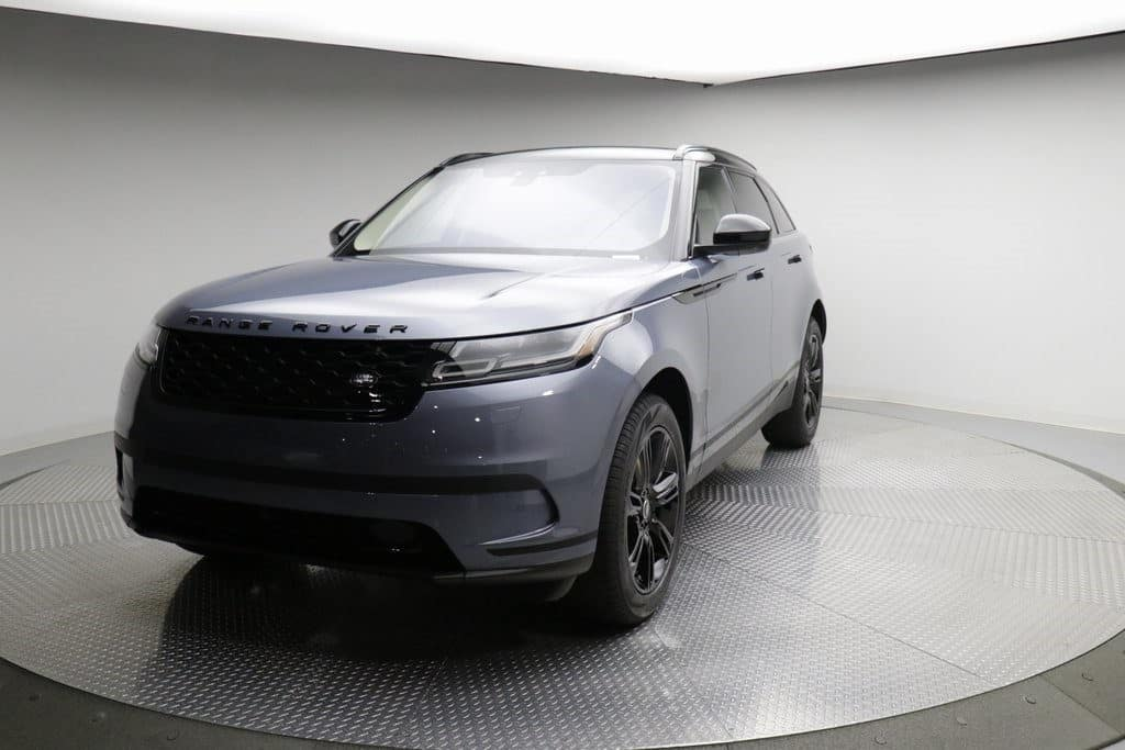PRE-OWNED 2020 LAND ROVER RANGE ROVER VELAR P250 S WITH NAVIGATION