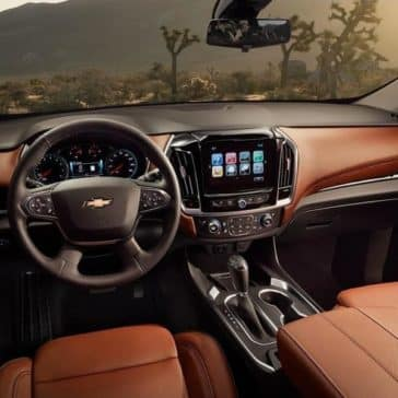 2019-Chevrolet-Traverse-interior-dashboard