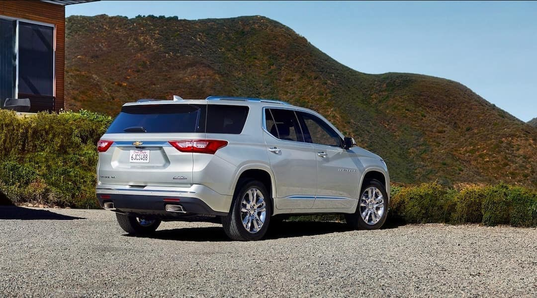 rear-exterior-of-2019-Chevrolet-Traverse