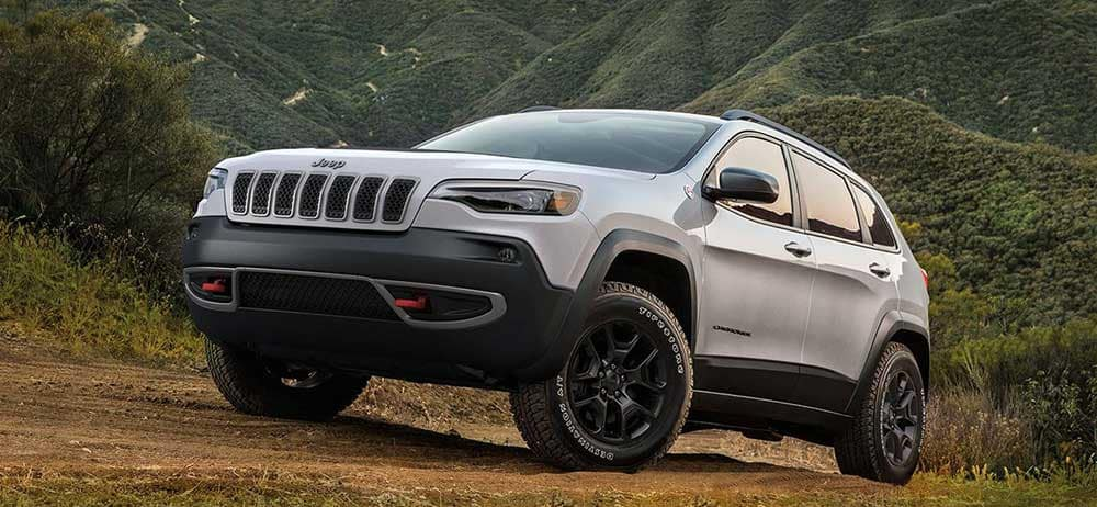 2019 Jeep Cherokee Trailhawk Sting Gray exterior