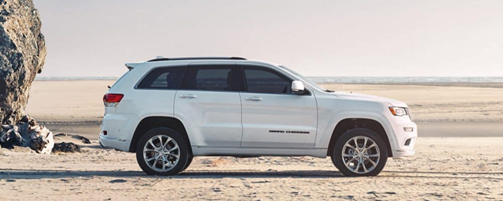 2020 Jeep Grand Cherokee white