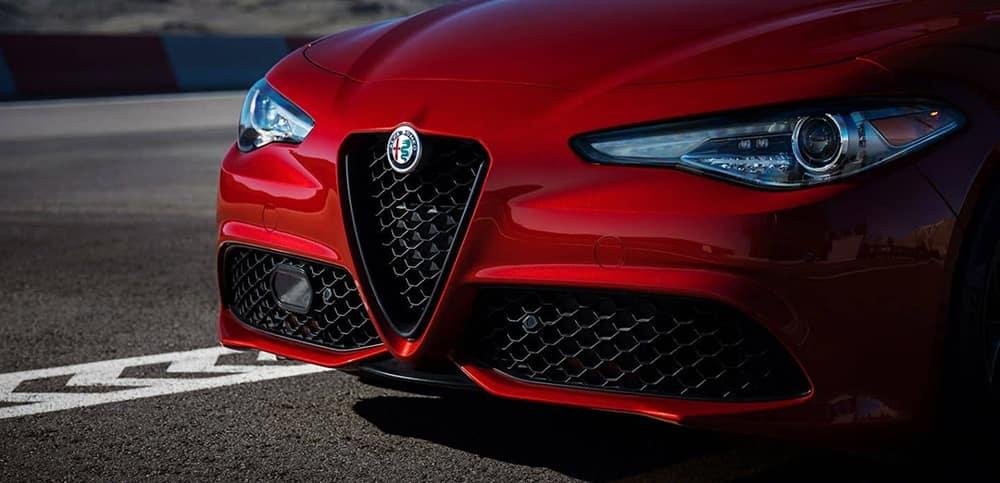 2019 Alfa Romeo Giulia Grill