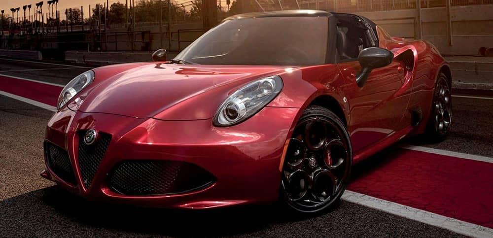 2019 Alfa Romeo 4C Spider On track