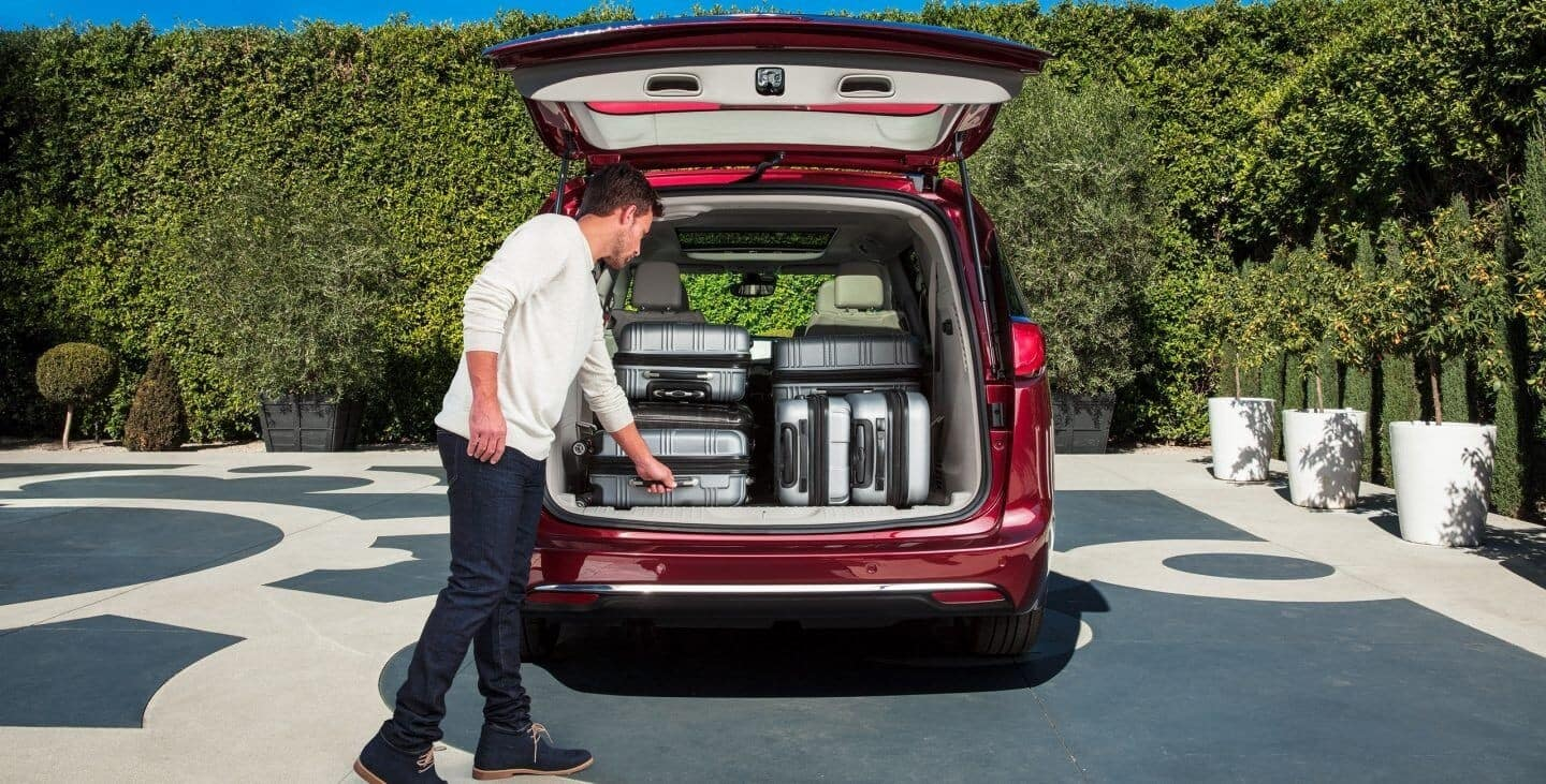 2018 Chrysler Pacifica cargo space