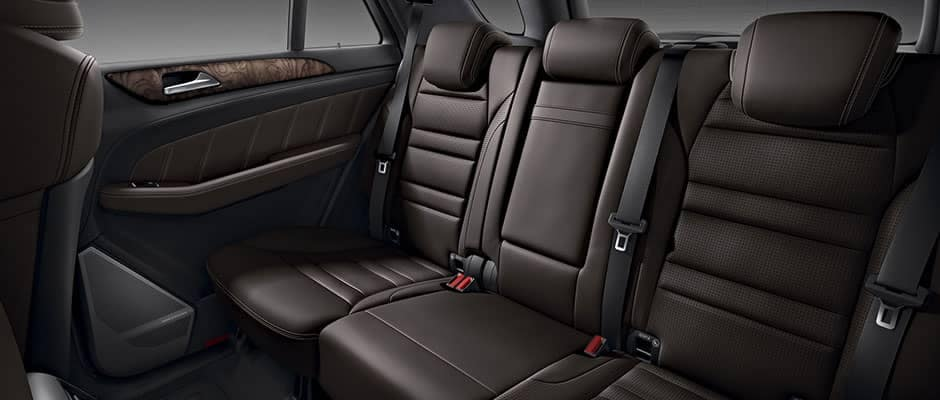2019-Mercedes-Benz-GLE-back-seating